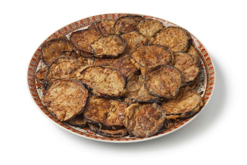 Морокканское блюдо с зажаренными кусками баклажана стоковое изображение rf