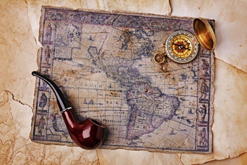 Морская предпосылка с старой картой стоковое фото rf