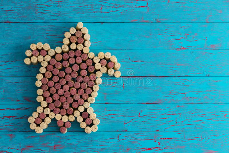 Морская черепаха составленная пробочек бутылки вина стоковые изображения