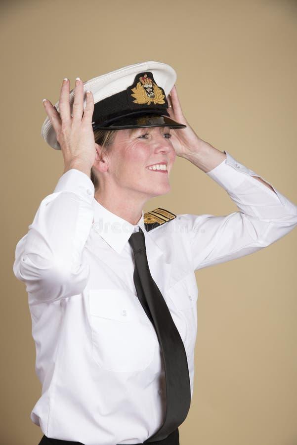 странно фото морские офицеры в танце широко распространенное