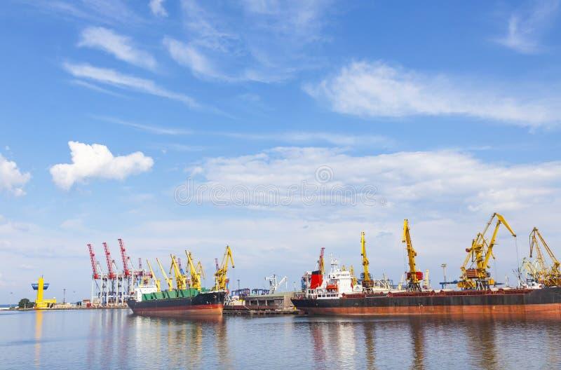 Морской порт Одессы, Чёрного моря, Украины стоковая фотография rf