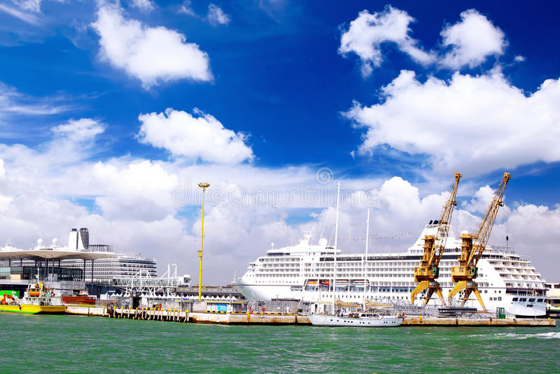 Морской moorage, морской порт в Венеция. стоковая фотография