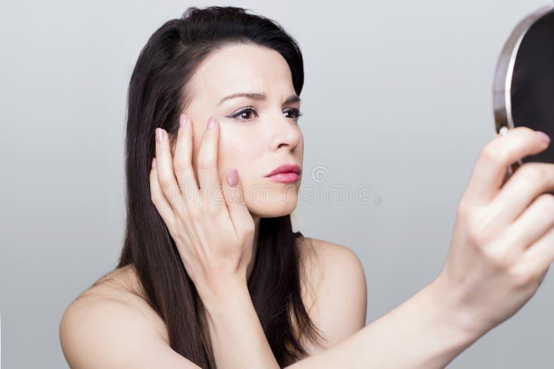 Морщинки женщины стоковые фотографии rf
