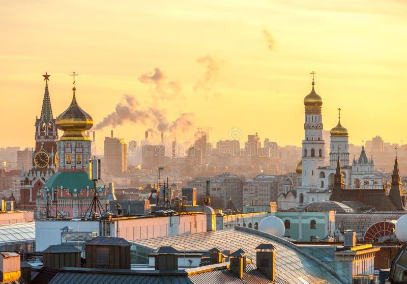 Москва, взгляд Москвы Кремля, собора Христоса спаситель a стоковое изображение rf