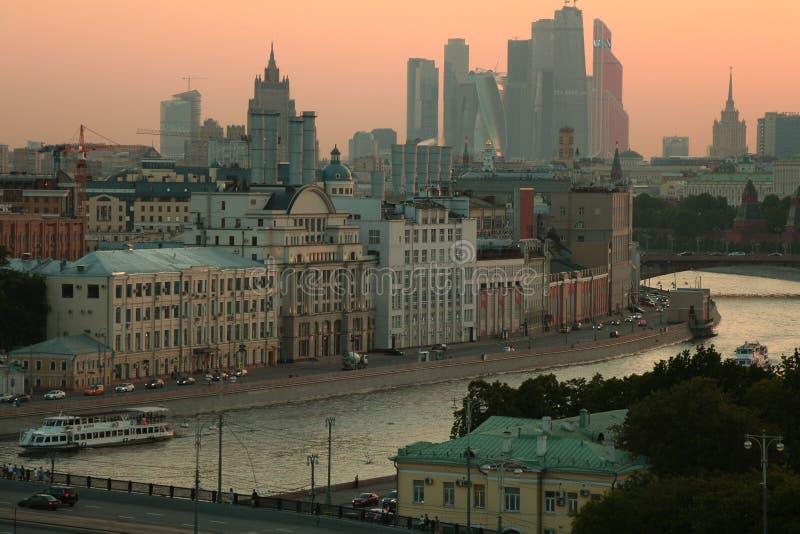 Москва на заходе солнца стоковое фото