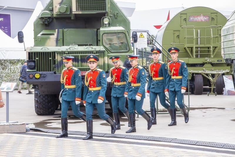 Москва Россия 30. 06. Вооружённые силы России в церемониальной форме 2019 стоковые изображения rf