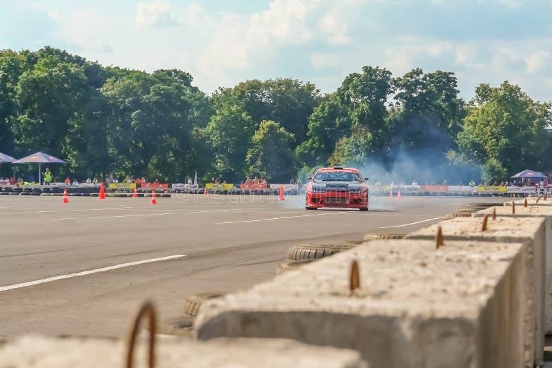 Москва, Россия - 25-ое мая 2019: Красное смещение Nissan Silvia Настроенное смещение автомобиля в ограженную область стоковые изображения rf