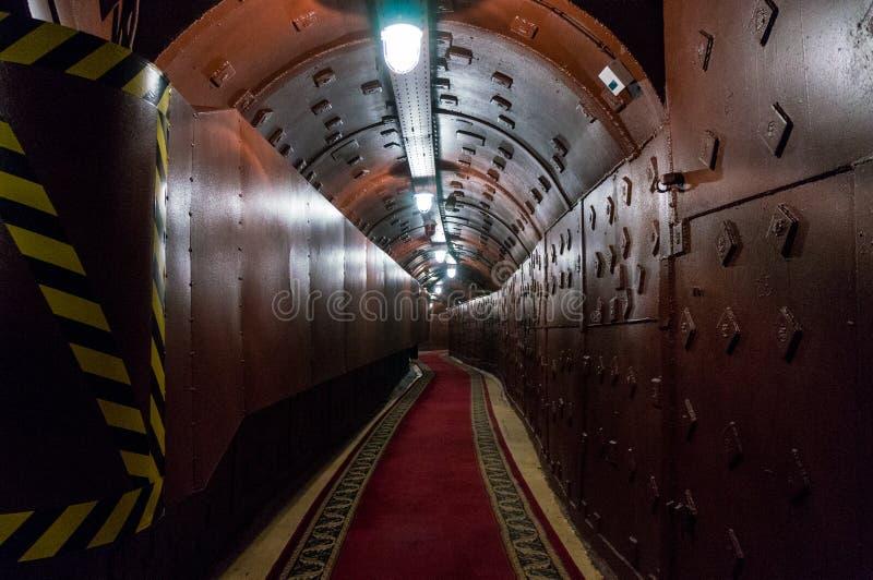 Москва, Россия - 25-ое октября 2017: Проложите тоннель на Bunker-42, противоядерном подземном объекте построенном в 1956 как кома стоковое фото