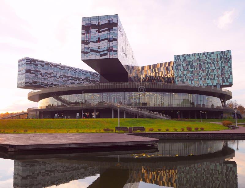 Москва, Россия - октябрь 2018: Школа Москвы управления SKOLKOVO Оно было основано в 2006 членами делового сообщества стоковое фото