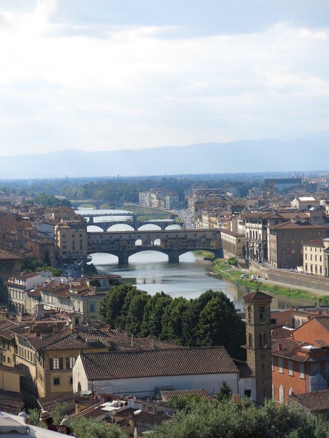 Мосты в Флоренсе, Италии стоковые фотографии rf
