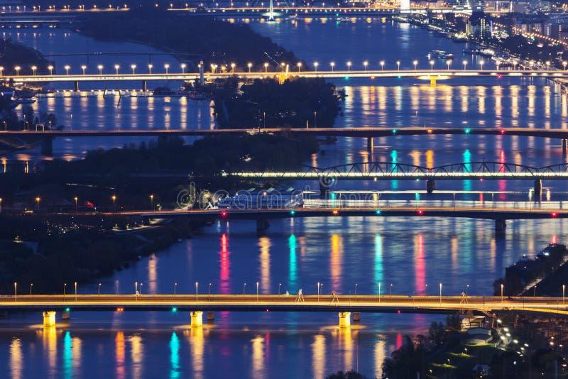 Мосты на Дунае в вене стоковая фотография rf