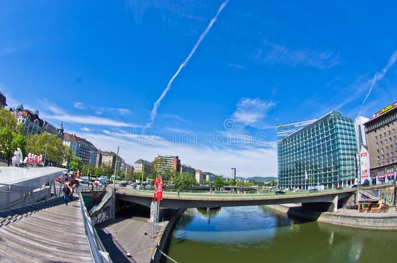 Мосты над каналом Дуная в вене стоковые фото