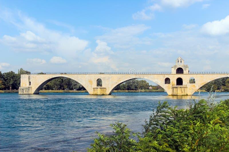 Мост Авиньона над рекой стоковые изображения