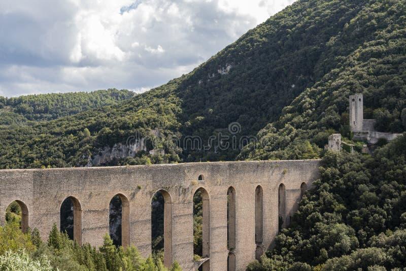 Мост башен, Spoleto Италия стоковое изображение rf