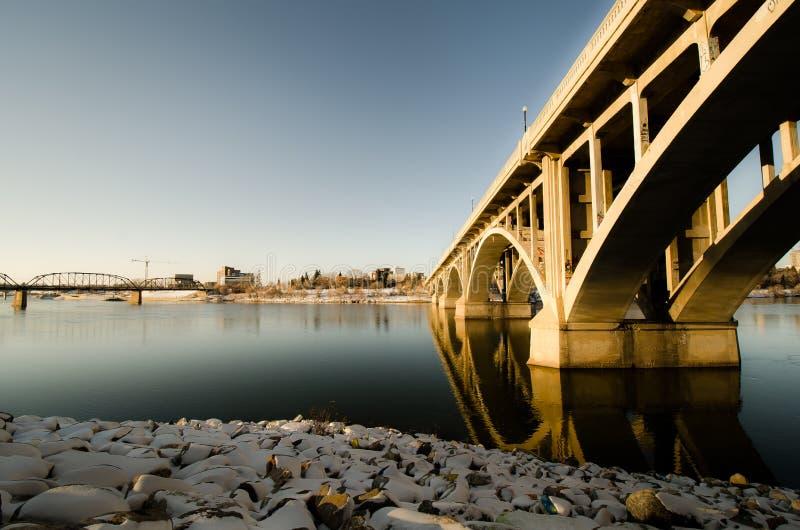 Мост Бродвей в Саскатуне стоковое изображение