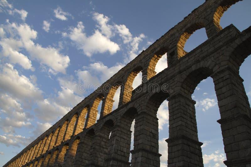 Мост-водовод Сеговии известный в Испании стоковое фото