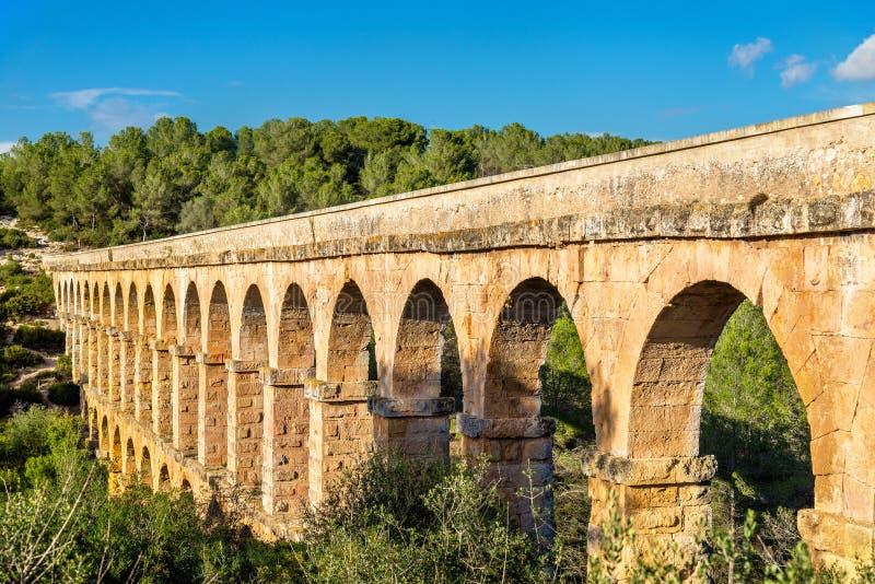Мост-водовод Les Ferreres, также известный как Pont del Diable - Таррагона, Испания стоковая фотография rf
