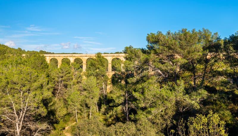Мост-водовод Les Ferreres, также известный как Pont del Diable - Таррагона, Испания стоковое изображение