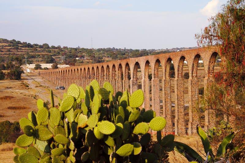 Мост-водовод Padre Tembleque x стоковые фотографии rf