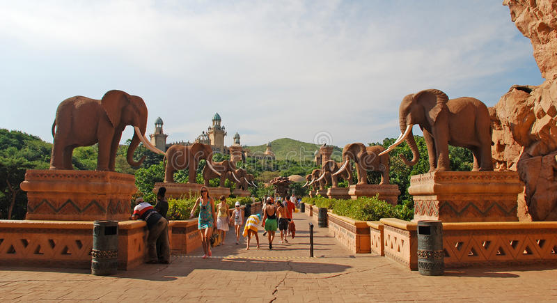 Мост времени в Sun City, Южной Африке. стоковая фотография rf