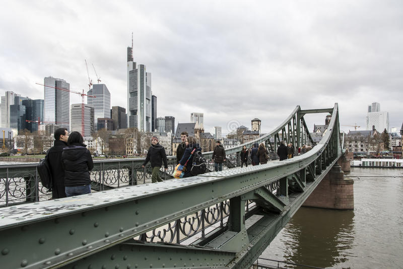 Мост в Франкфурте стоковые изображения rf