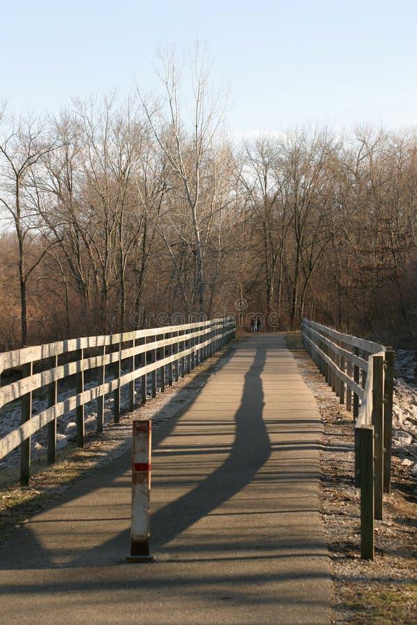Download мост деревянный стоковое изображение. изображение насчитывающей страна - 600245