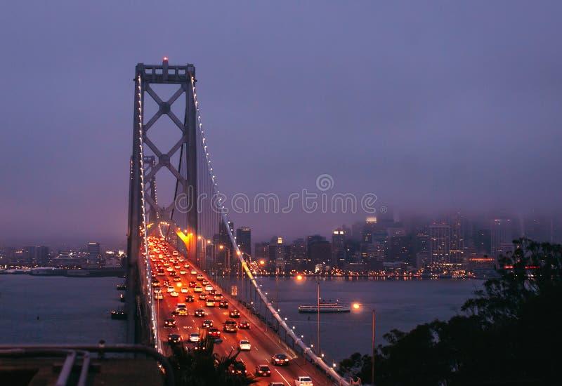 Мост залива на ноче стоковое фото