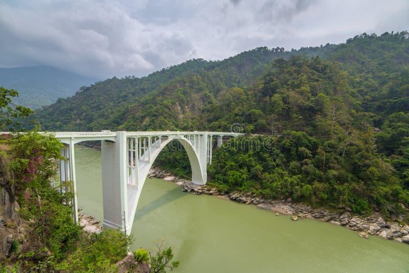 Мост коронования, также известный как мост Sevoke, в Darjeeling, западная Бенгалия, Индия стоковые фото