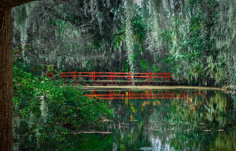 Мост красного цвета Каролины стоковое фото rf