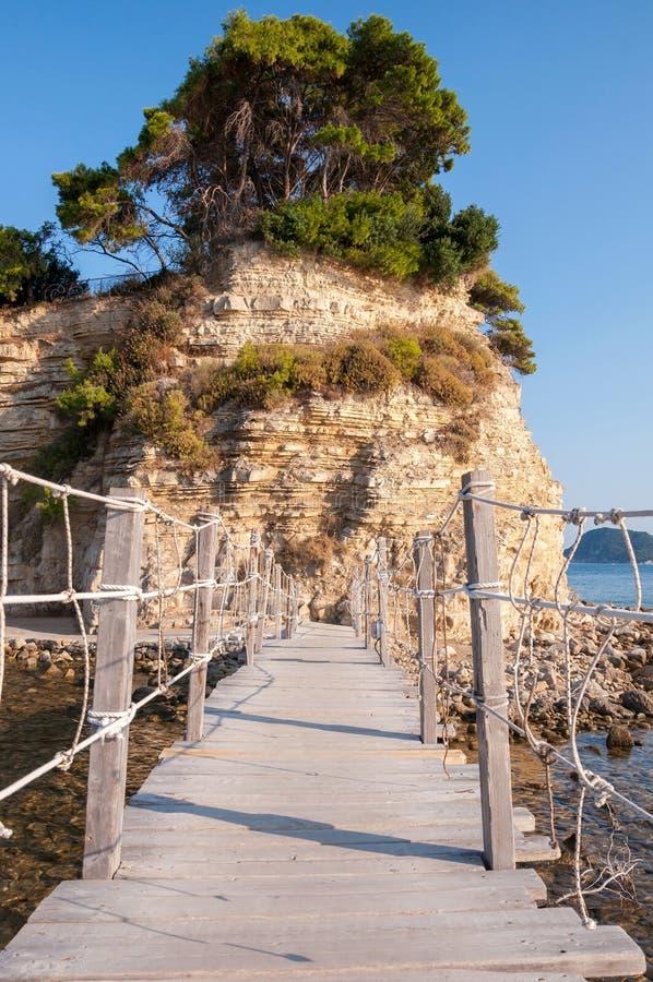 Мост к острову камеи, Закинфу, Греции стоковые фотографии rf