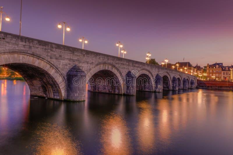 Мост Маастрихт Sint Servaas стоковые изображения rf