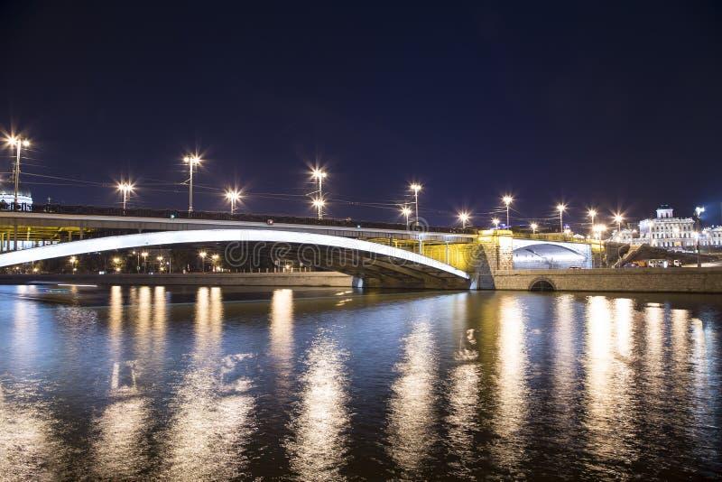 Мост моста Bolshoy Kamenny большой каменный, Москва, Россия стоковое изображение rf