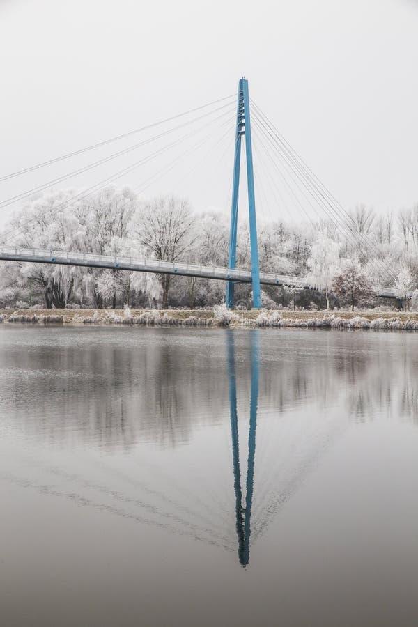 Мост над рекой-Celakovice Эльбы, чехословакский Rep стоковые изображения