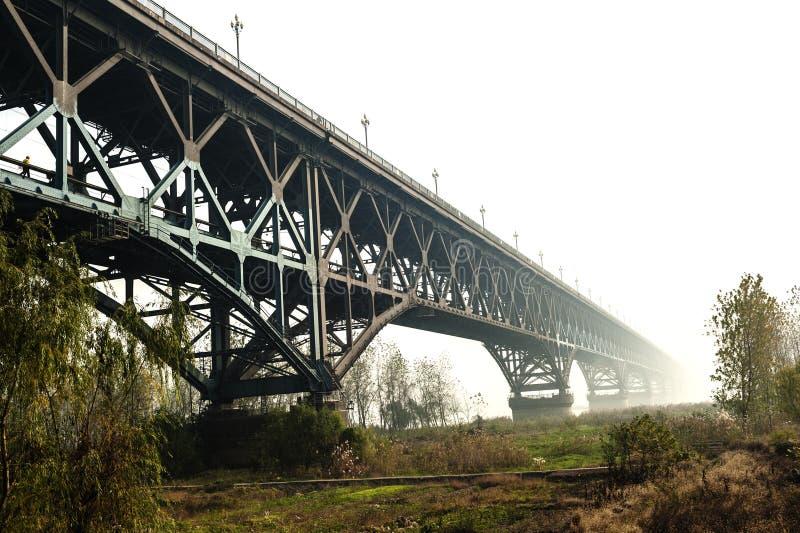 Мост Нанкина Рекы Янцзы, построенный в 1968 стоковое изображение