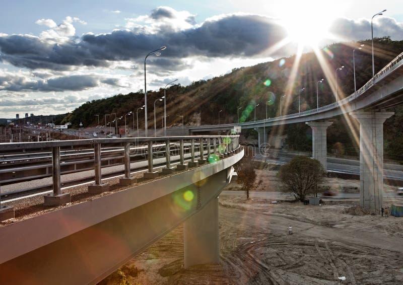 Мост на заходе солнца стоковое фото rf