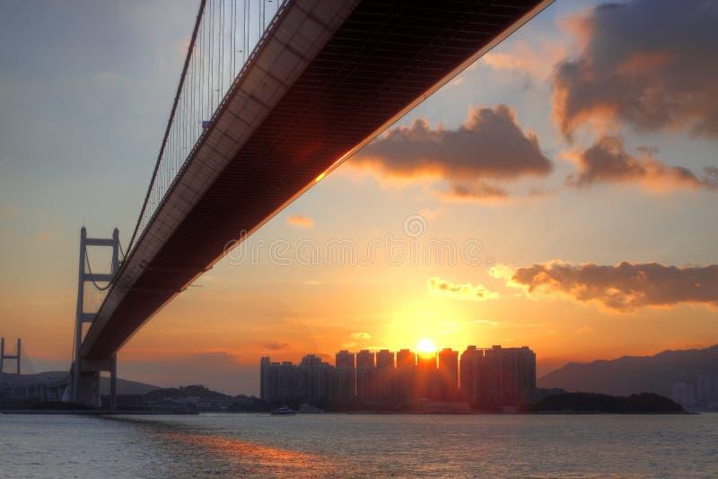 Мост на моменте захода солнца стоковые изображения rf