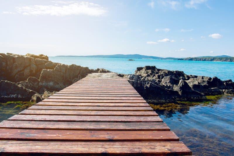 мост над морем деревянным стоковая фотография
