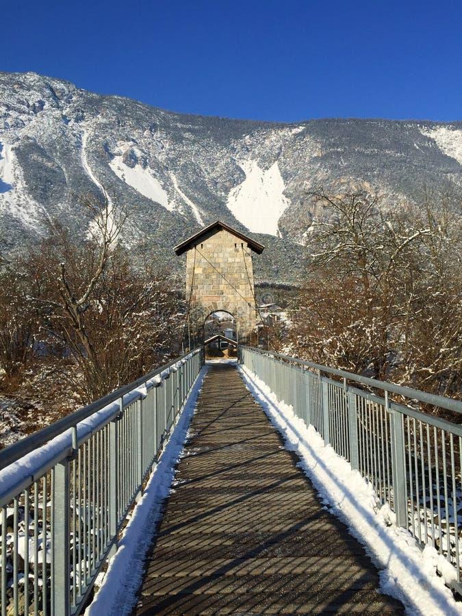 Мост на другой стороне стоковая фотография rf