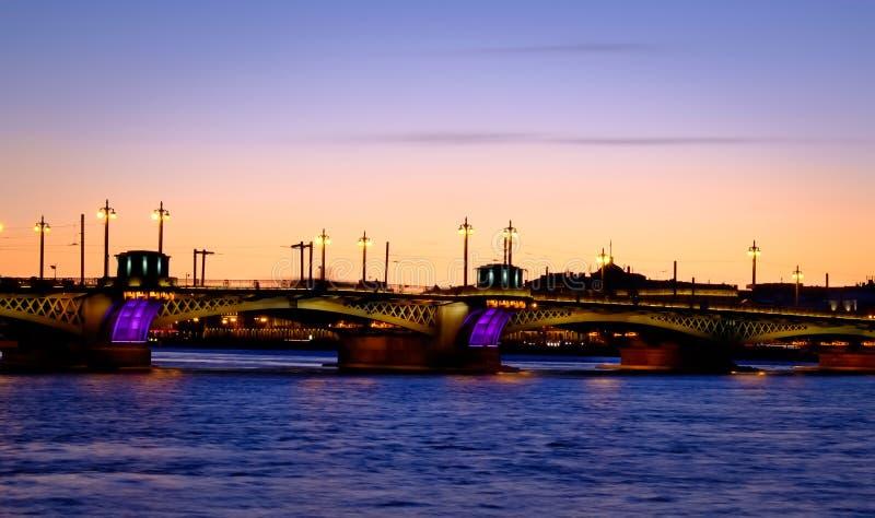 Мост над Neva в Санкт-Петербурге стоковые фото