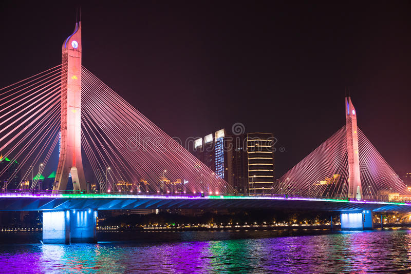 Мост на Pearl River стоковая фотография rf