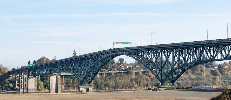 Мост острова Ross в Портленде, Орегоне стоковые фотографии rf