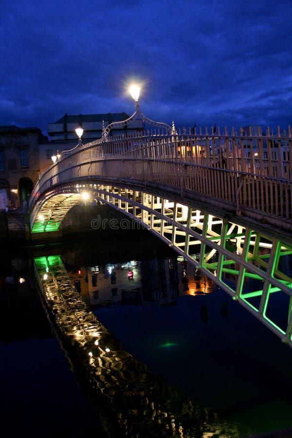 Мост Пенни ` Ha, Дублин, Ирландия стоковое фото