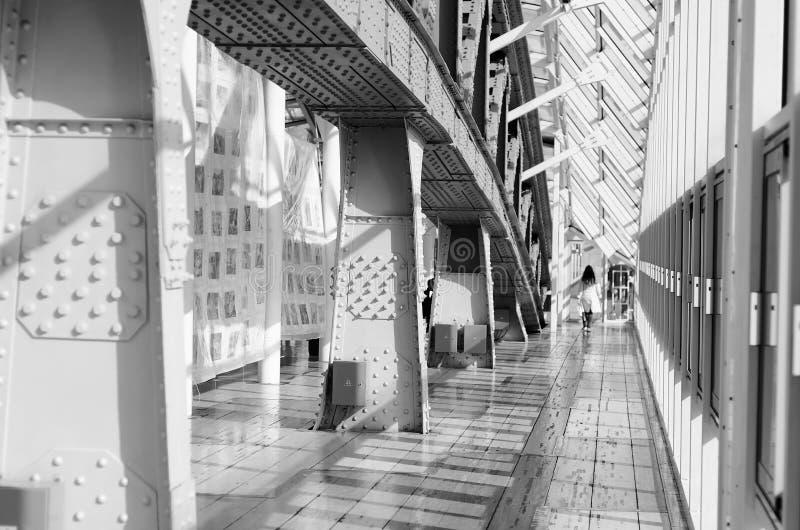 Мост поляков металла пешеходный стоковые фото