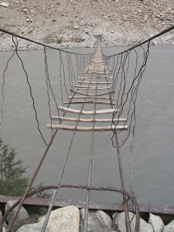 Мост реки Hunza стоковая фотография rf