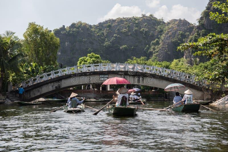 Мост реки Tam Coc стоковые изображения