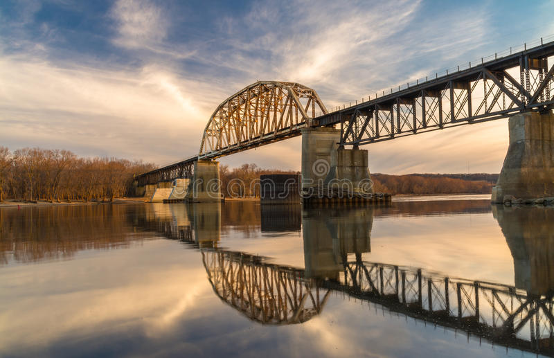 Мост рельса LaSalle стоковое фото