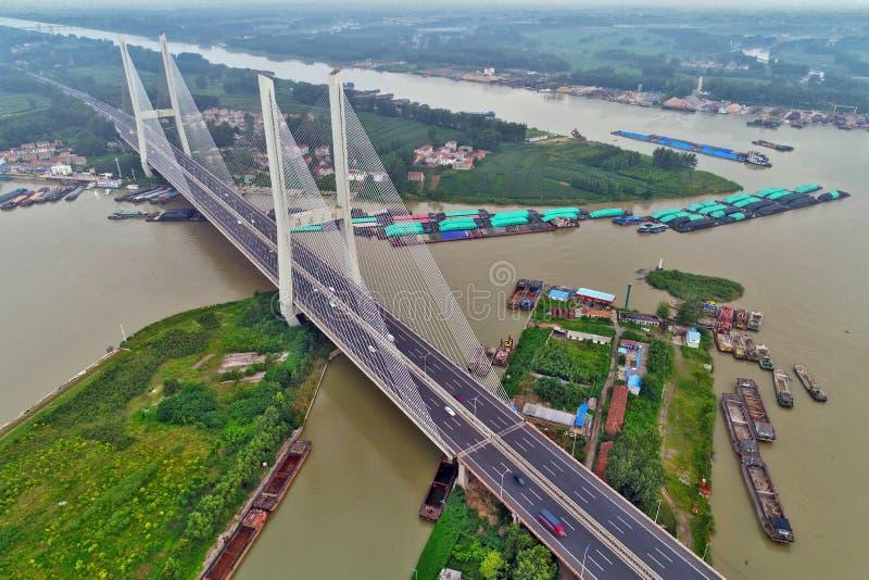 """Мост скоростной дороги большого канала Пекин-Ханчжоу в huai """", провинции Цзянсу, Китае стоковые изображения rf"""
