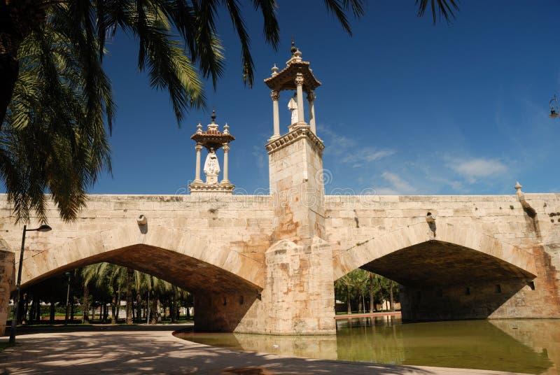 мост старый valencia стоковое изображение