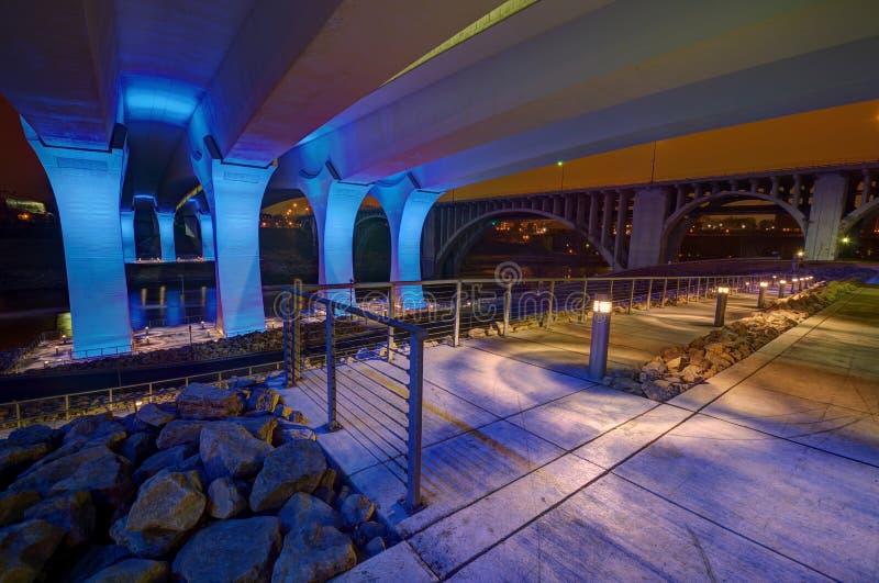 мост 35W в Миннеаполис Минесоте стоковые фотографии rf