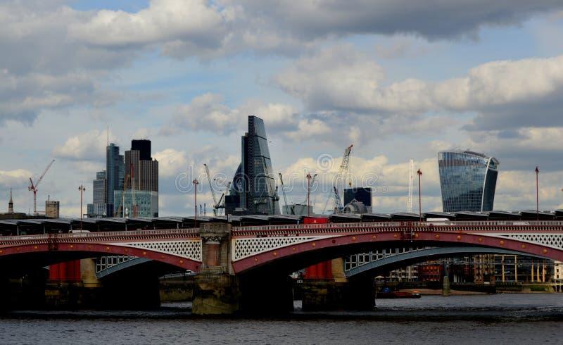 Мост Blackfriars, Лондон, Великобритания стоковое фото